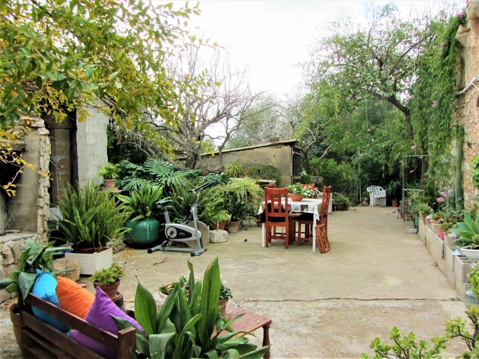 Rústica con casa 500 m2 en SANT LLORENÇ. Ref. 2042