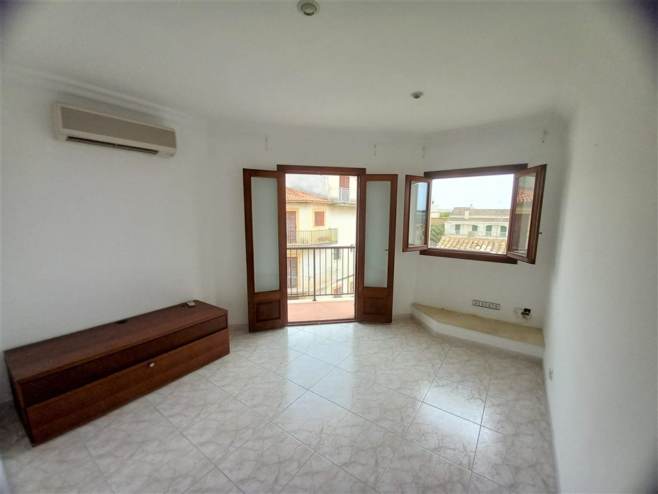 Bonito piso con terraza en PORTO CRISTO. Ref. 2038